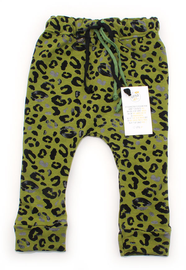 mosgroen met luipaardprint