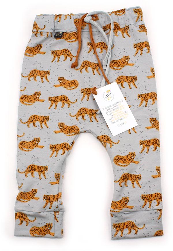 grijs met tijgers