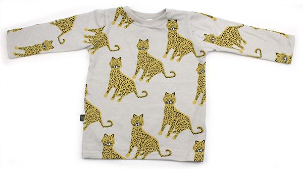 beige met luipaarden