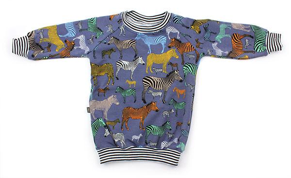 jeansblauw met gekleurde zebra