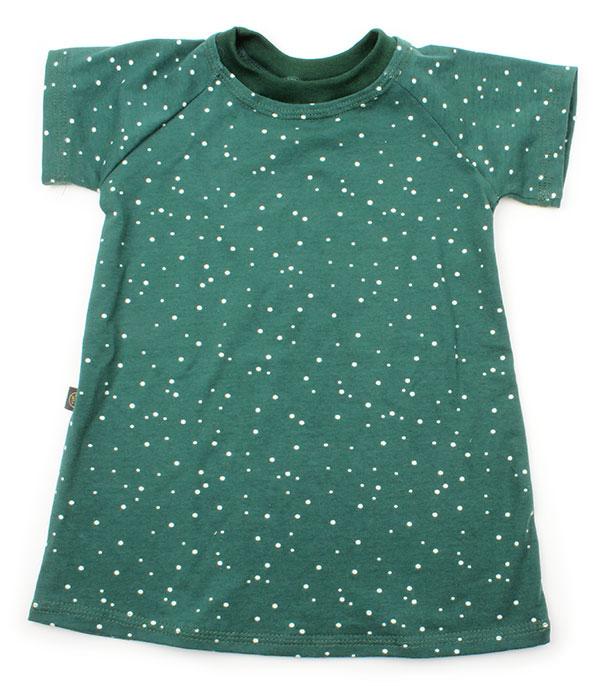 groen met kleine witte stipjes