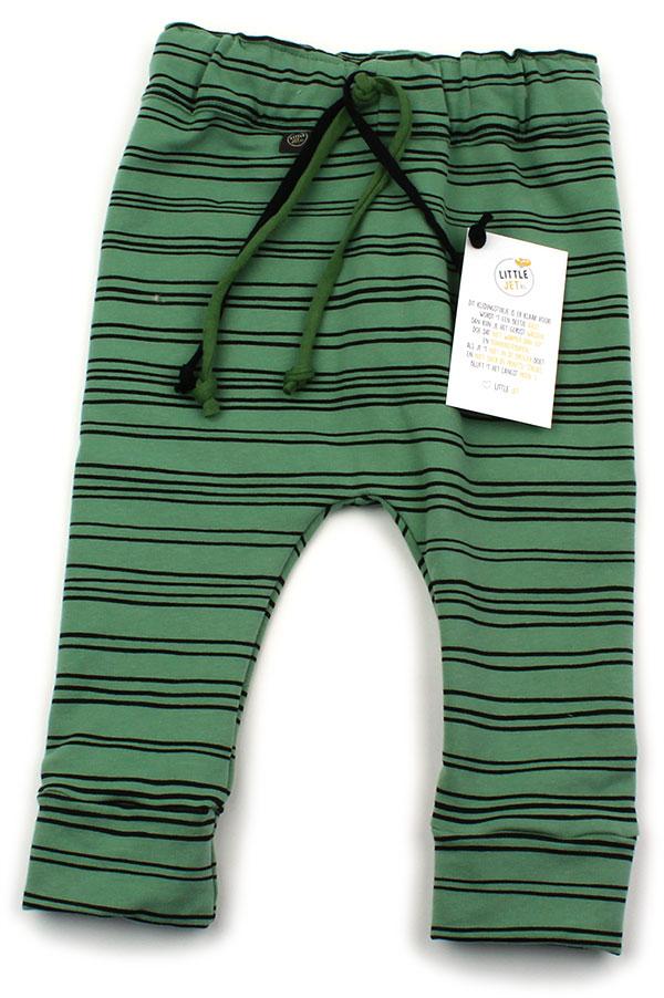 groen met dunne zwarte strepen