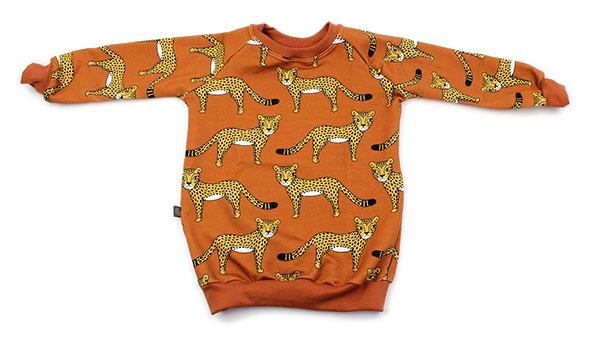 roest met luipaarden