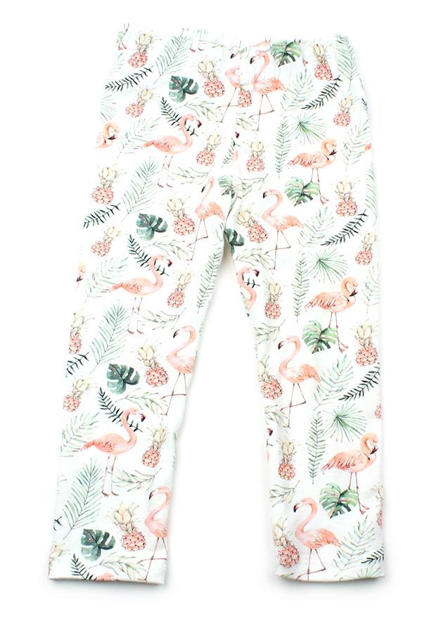 wit met flamingos en ananas en bladeren