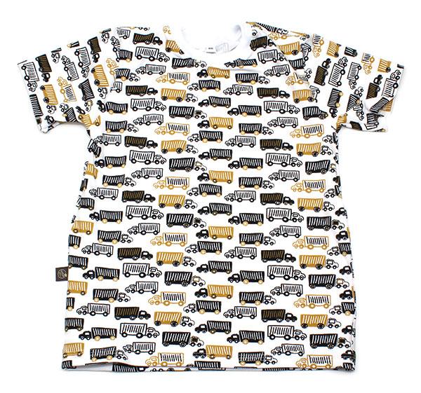 wit met oker en zwarte vrachtwagens