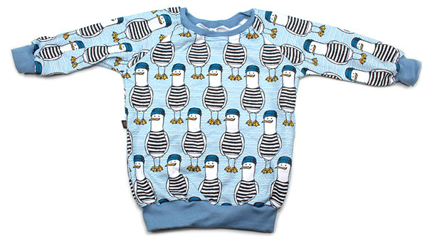 blauw met meeuwen in streepshirt